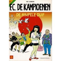 F.C. De Kampioenen - 018 De simpele duif - herdruk - Standaard Uitgeverij